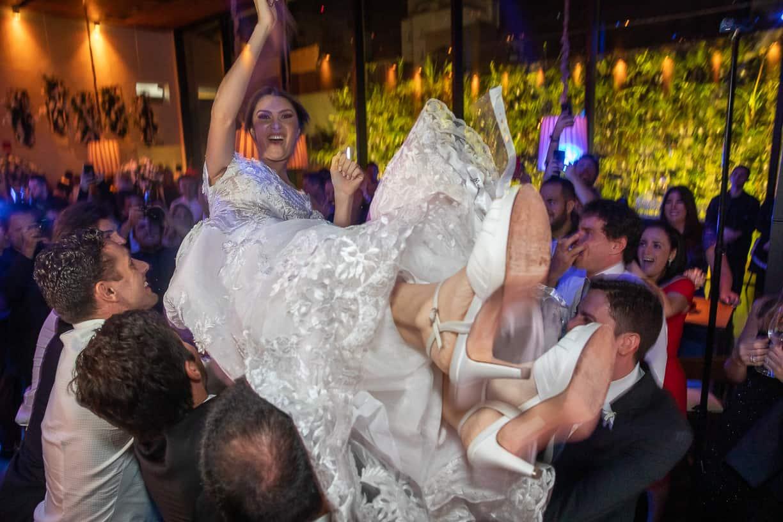 casamento-Natalia-e-Thiago-espaco-jardim-Europa-festa-de-casamento-Fotografia-Cissa-sannomya-noivos-na-pista-pista153