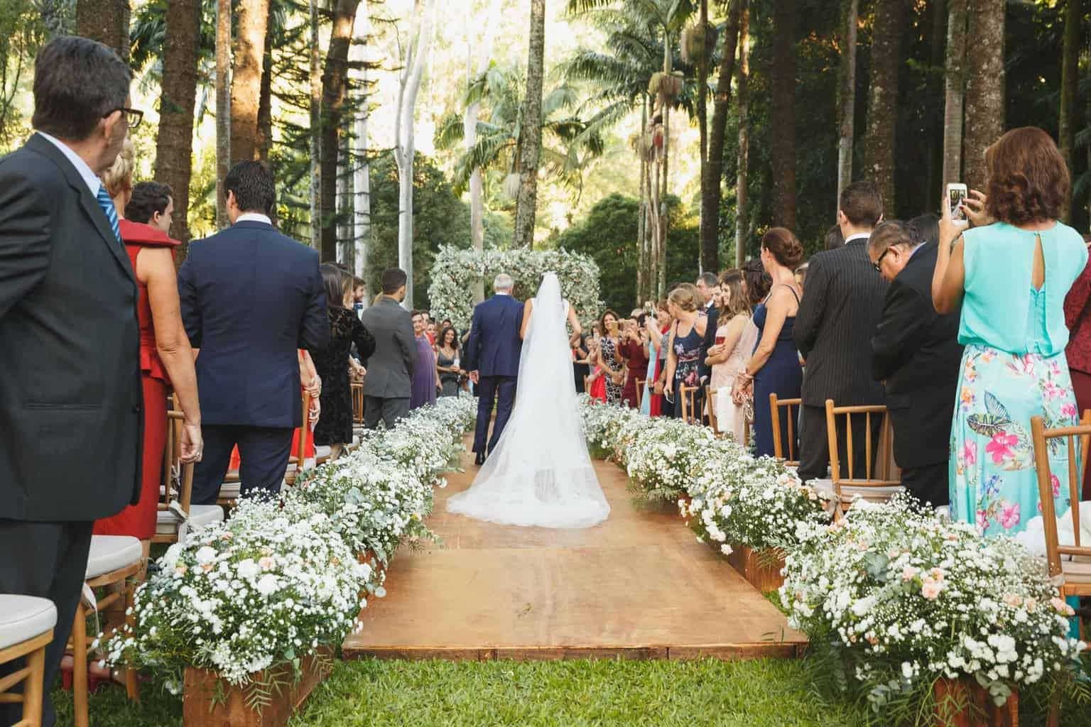 casamento-na-Fazenda-Vila-Rica-cerimonia-ao-ar-livre-cerimonial-Ana-Paula-Tabet-Fotografia-Euka-Weddings-Renata-e-Gabriel65