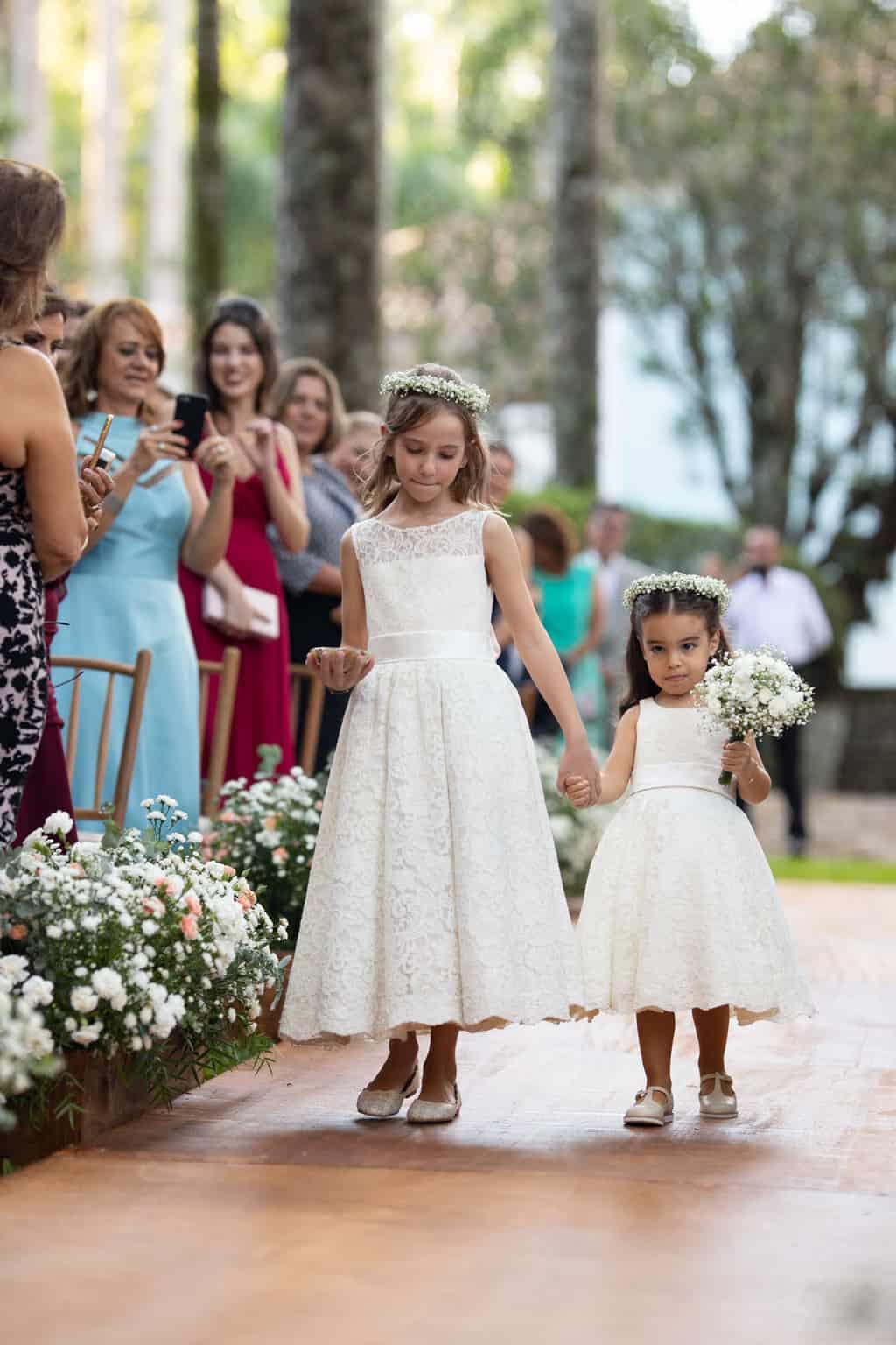 casamento-na-Fazenda-Vila-Rica-cerimonia-ao-ar-livre-cerimonial-Ana-Paula-Tabet-Fotografia-Euka-Weddings-Renata-e-Gabriel80