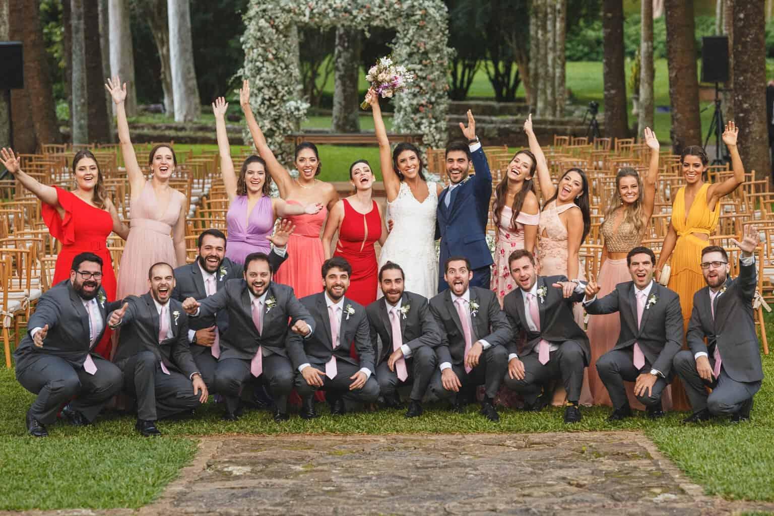 casamento-na-Fazenda-Vila-Rica-cerimonial-Ana-Paula-Tabet-Fotografia-Euka-Weddings-madrinhas-padrinhos-Renata-e-Gabriel104