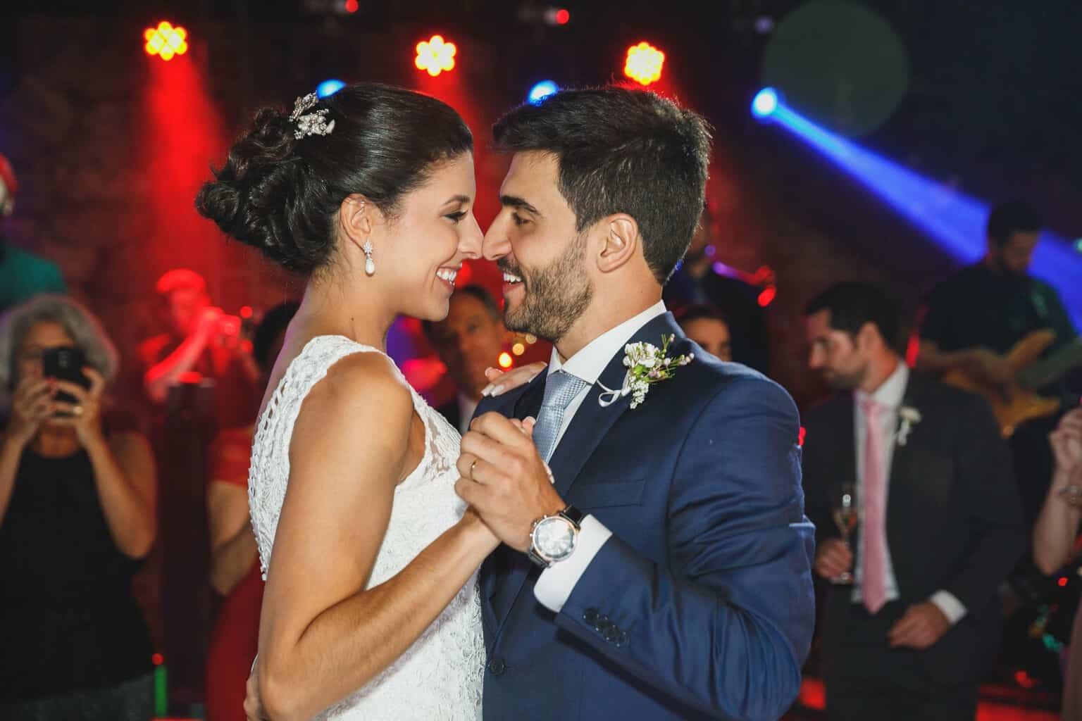 casamento-na-Fazenda-Vila-Rica-cerimonial-Ana-Paula-Tabet-Fotografia-Euka-Weddings-pista-Renata-e-Gabriel129