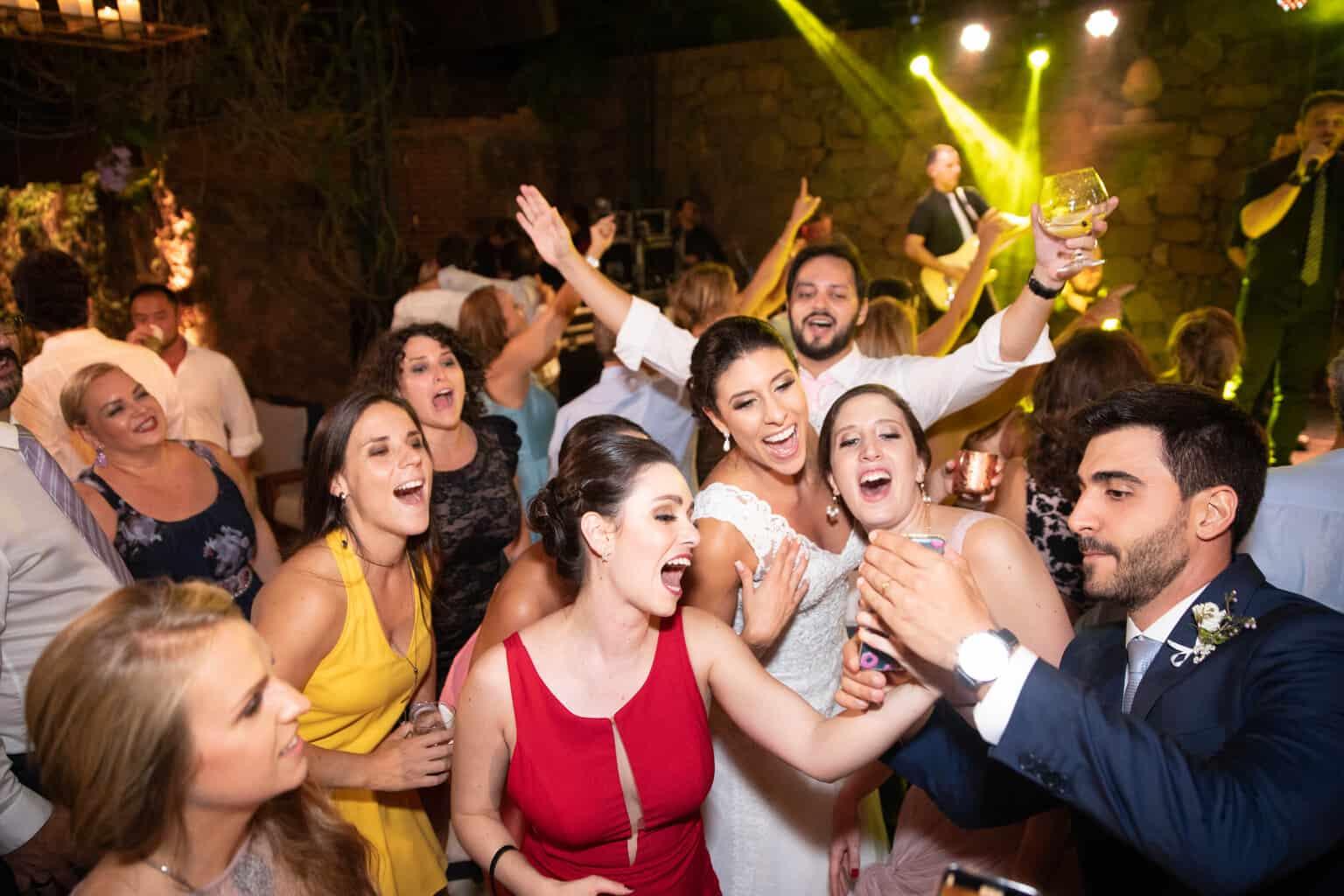 casamento-na-Fazenda-Vila-Rica-cerimonial-Ana-Paula-Tabet-Fotografia-Euka-Weddings-pista-Renata-e-Gabriel131