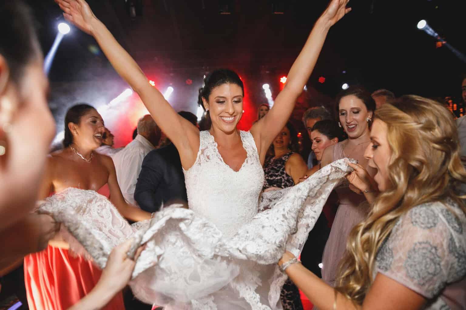 casamento-na-Fazenda-Vila-Rica-cerimonial-Ana-Paula-Tabet-Fotografia-Euka-Weddings-pista-Renata-e-Gabriel133