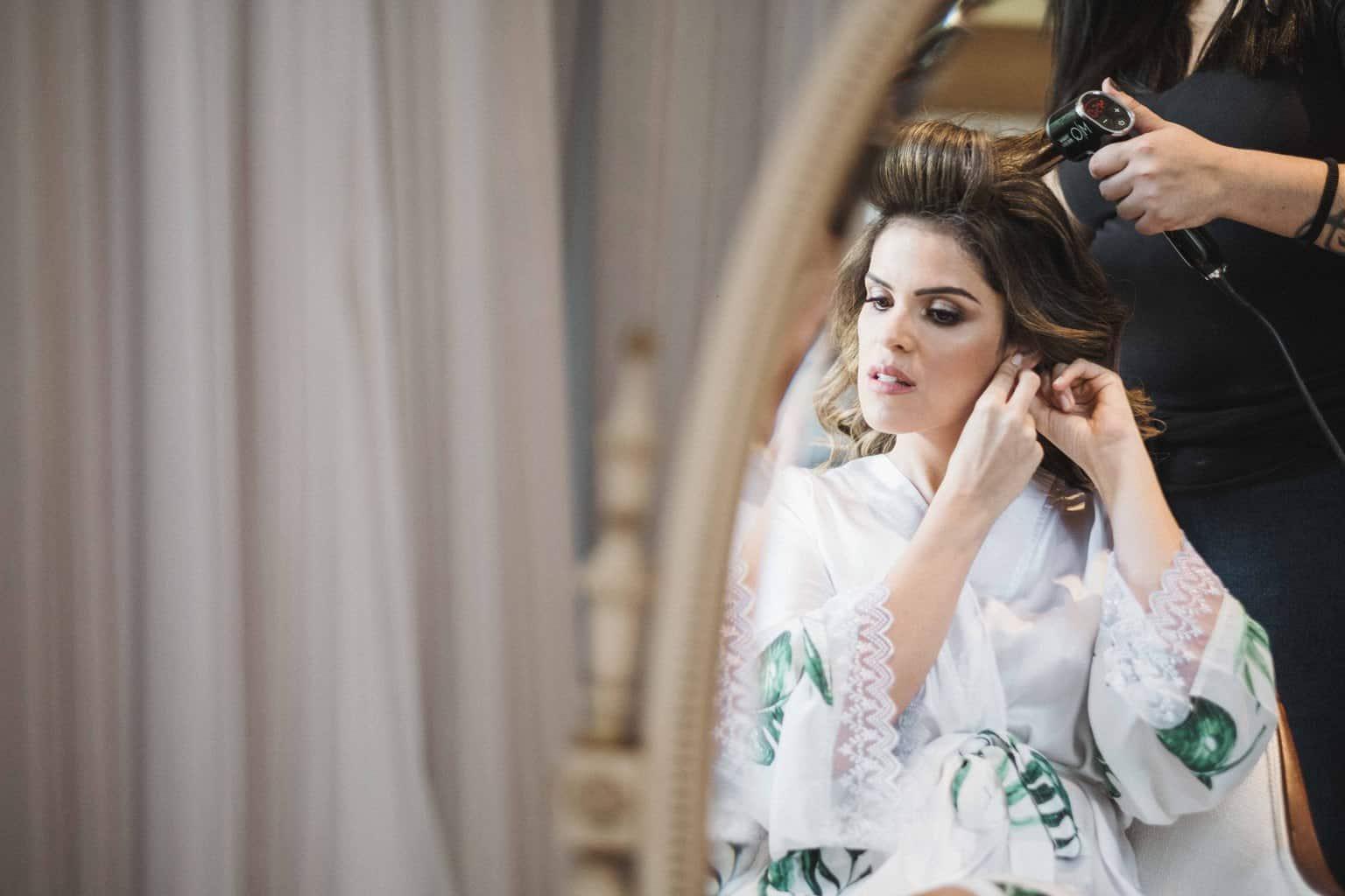 casamento-na-serra-Fotografia-Renata-Xavier-Les-Amies-Cerimonial-Locanda-Della-Mimosa-making-of-Natalia-e-Bruno141