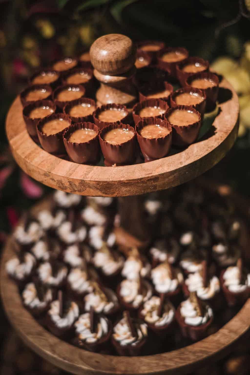 casamento-na-serra-Fotografia-Renata-Xavier-Les-Amies-Cerimonial-Locanda-Della-Mimosa-mesa-de-doces-Natalia-e-Bruno529