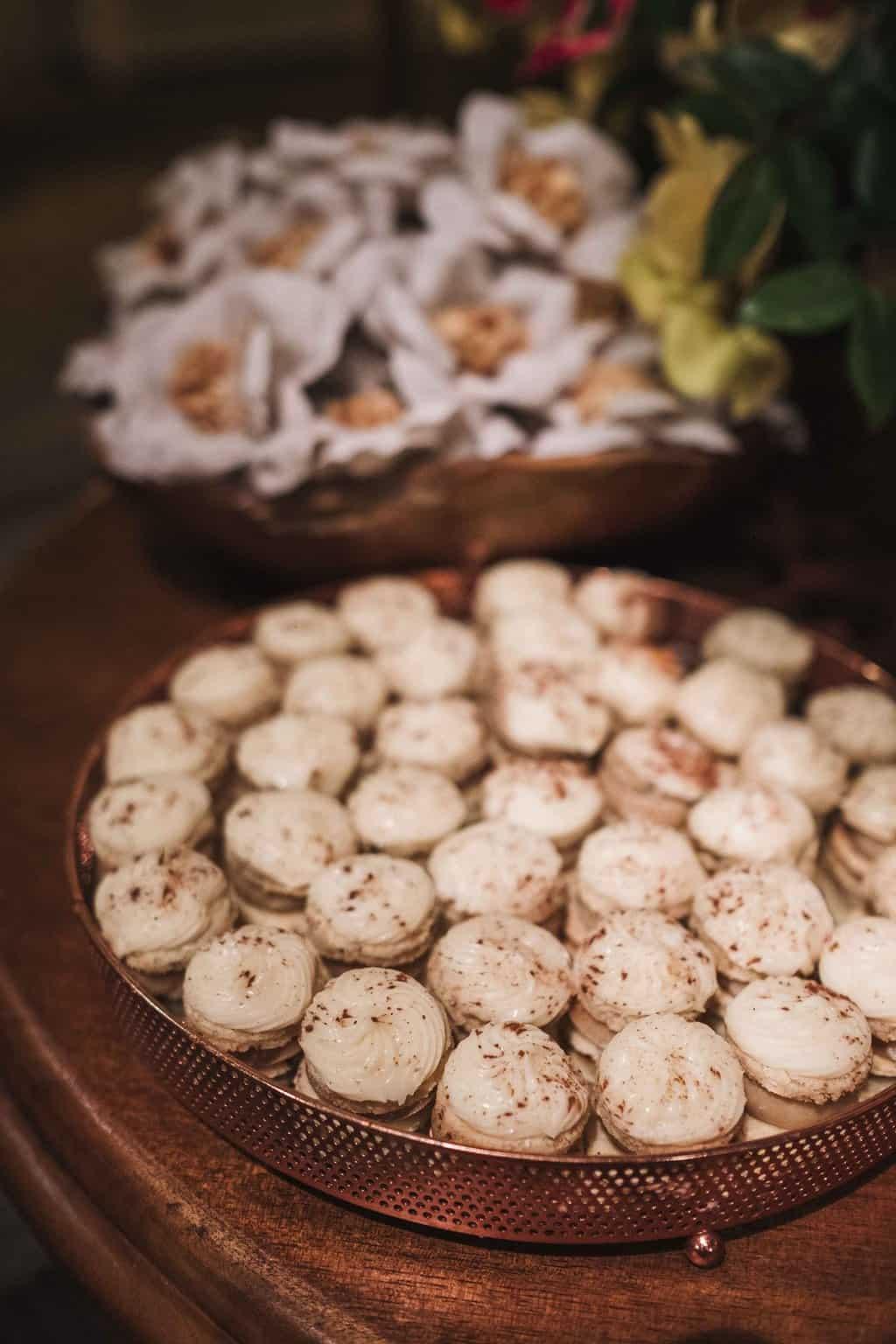 casamento-na-serra-Fotografia-Renata-Xavier-Les-Amies-Cerimonial-Locanda-Della-Mimosa-mesa-de-doces-Natalia-e-Bruno539