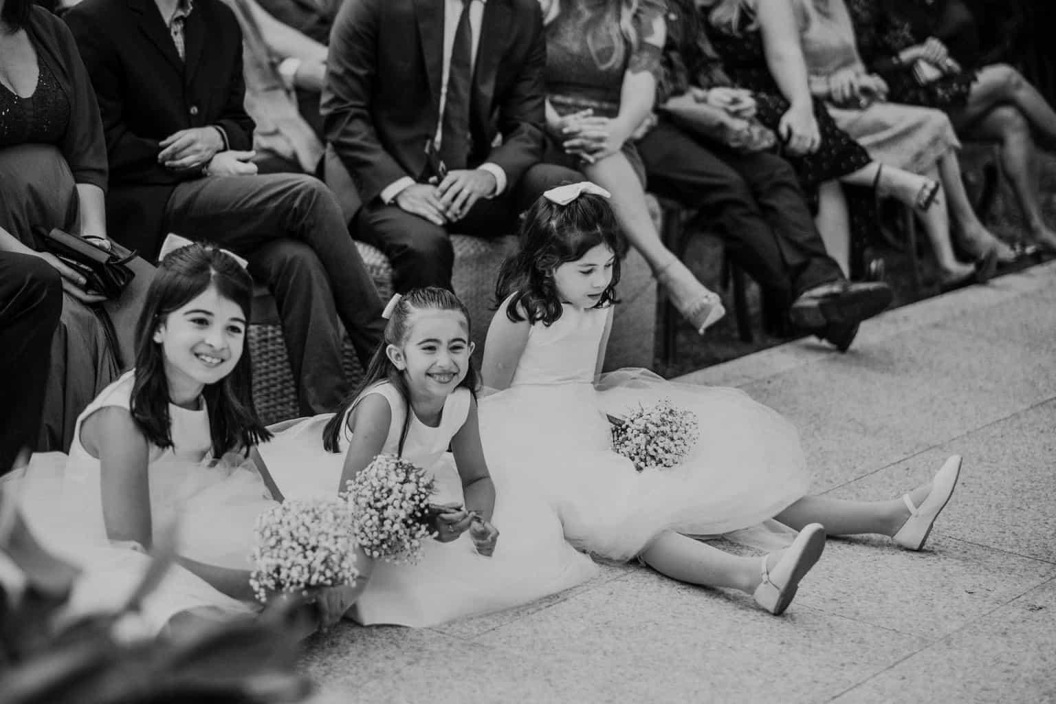 casamento-na-serra-cerimonia-ao-ar-livre-daminhas-Fotografia-Renata-Xavier-Les-Amies-Cerimonial-Locanda-Della-Mimosa-Natalia-e-Bruno452