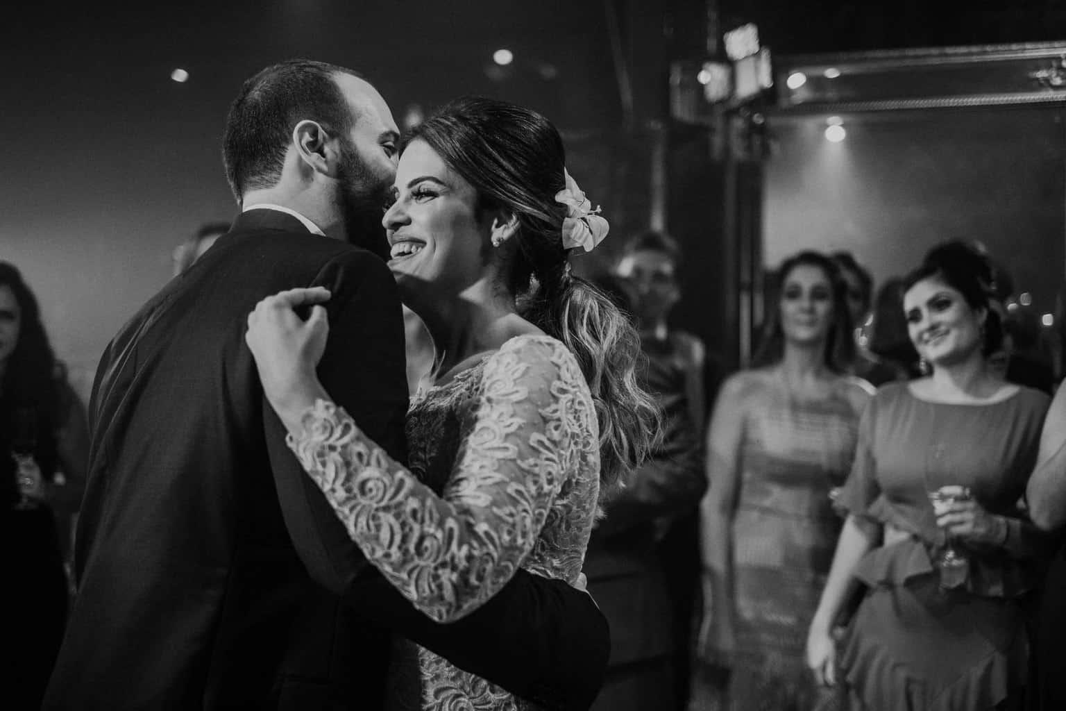 casamento-na-serra-danca-do-casal-festa-de-casamento-Fotografia-Renata-Xavier-Les-Amies-Cerimonial-Locanda-Della-Mimosa-Natalia-e-Bruno576