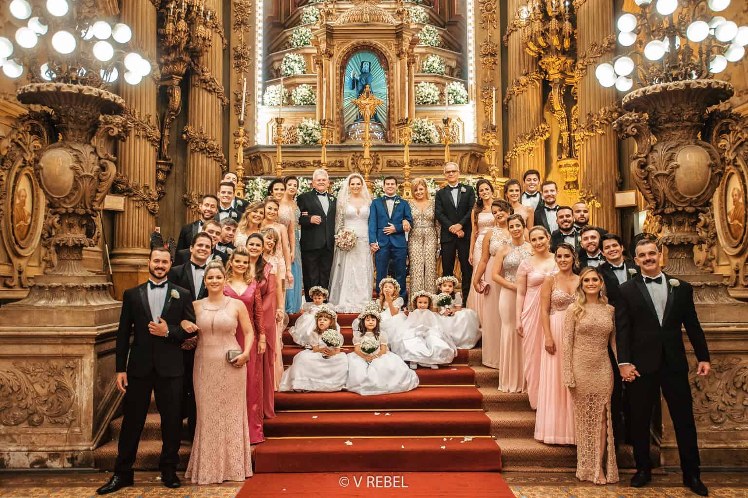 casamento-Caroline-e-Breno-casamento-clássico-cerimonia-na-igreja-fotografia-VRebel