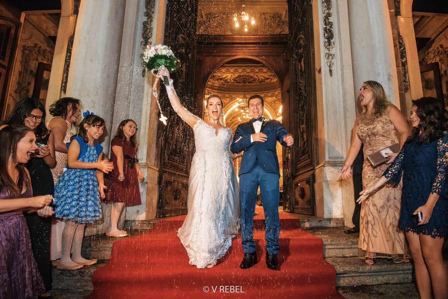 casamento-Caroline-e-Breno-casamento-clássico-cerimonia-na-igreja-fotografia-VRebel51