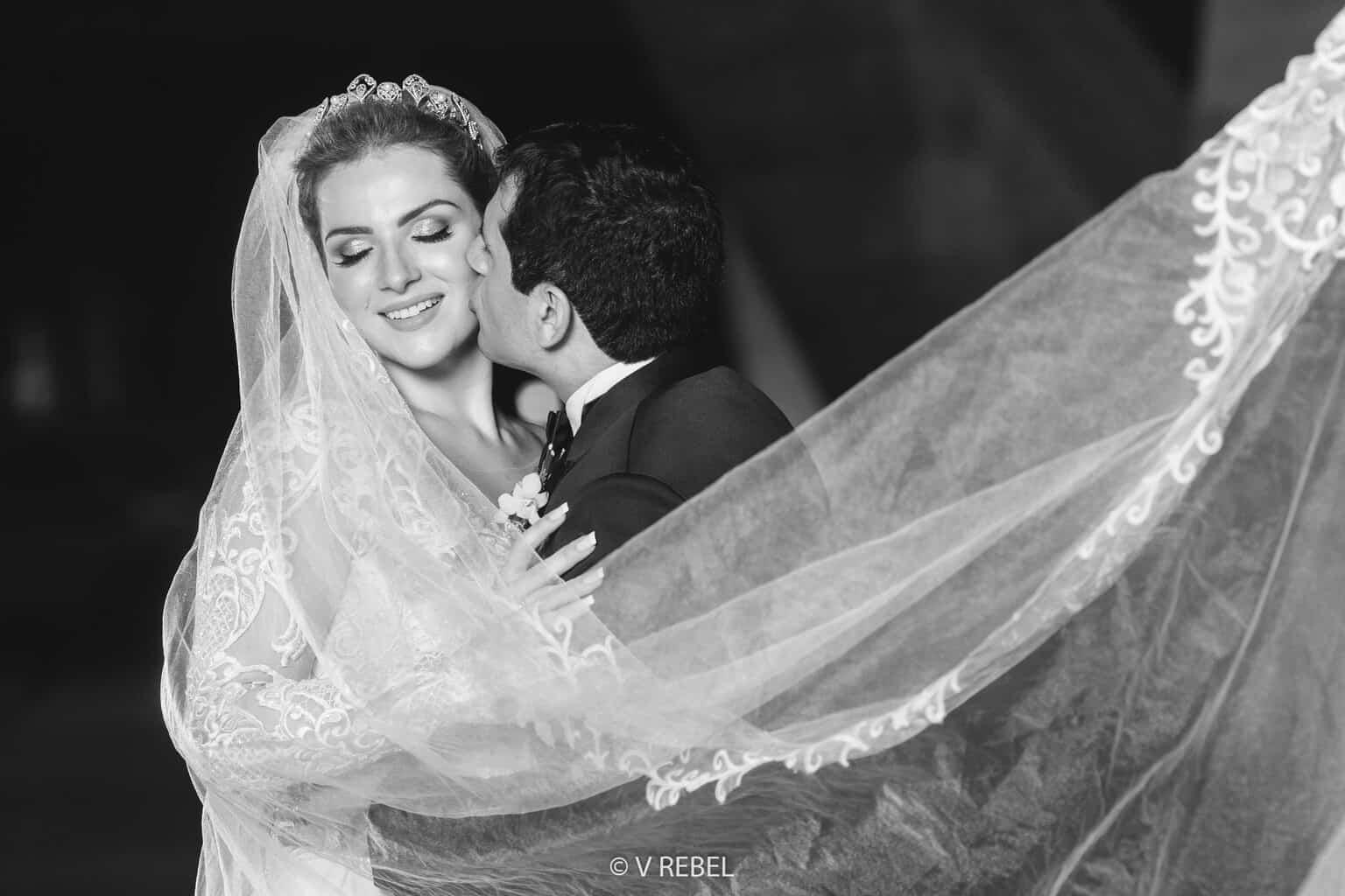 casamento-Caroline-e-Breno-casamento-clássico-foto-do-casal-fotografia-VRebel67