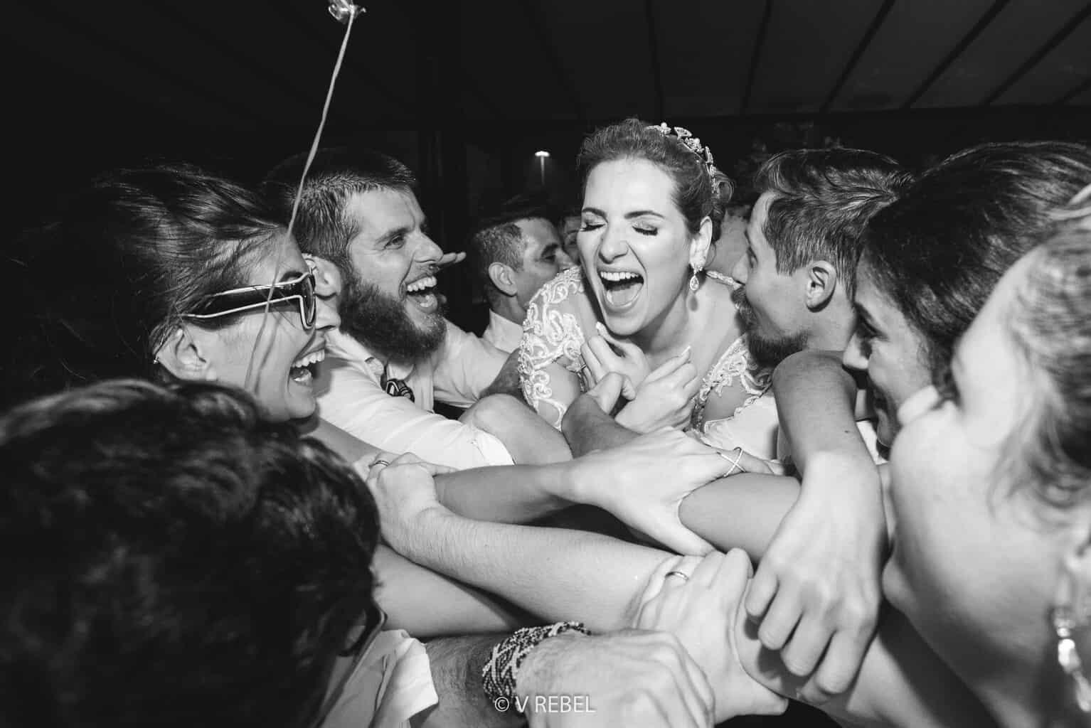 casamento-Caroline-e-Breno-casamento-clássico-fotografia-VRebel-pista109