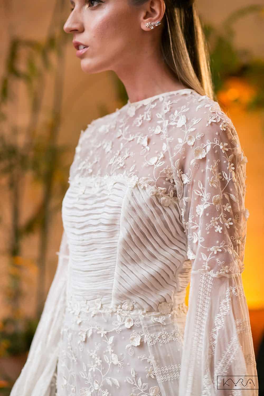 desfile-vestido-de-noiva-entardecer-julia-golldenzon-foto-kyra-mirsky-104