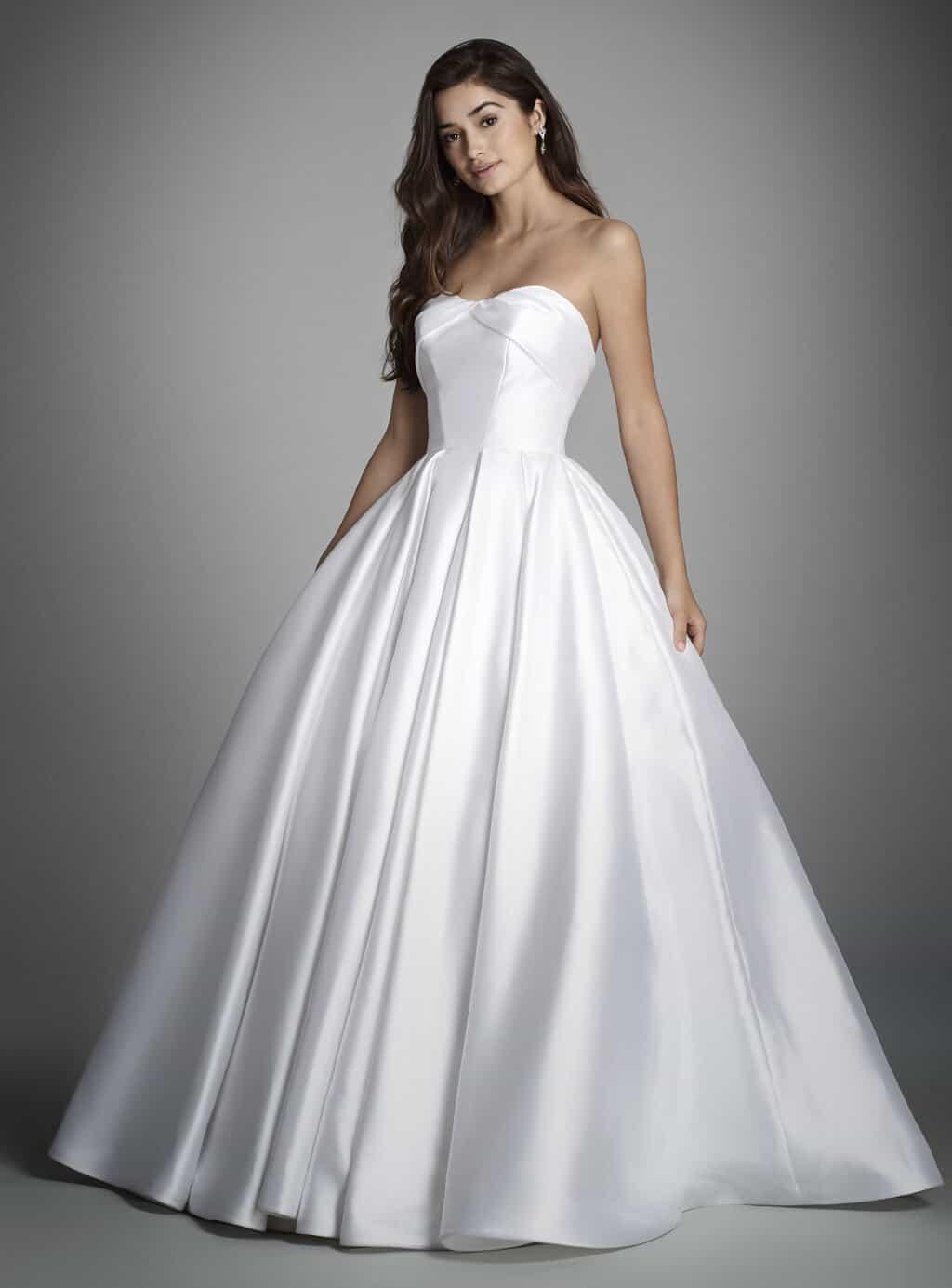 vestido-de-noiva-sem-renda-alvina-valenta-bridal-spring-2017-style-9703