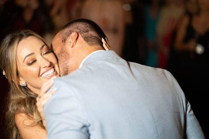 Casamento-Heloisa-e-Eduardo-Bolsonaro-cerimonial-Márcia-Santiago-Fotografia-Davi-Nascimento-noivos-na-pista-pista22