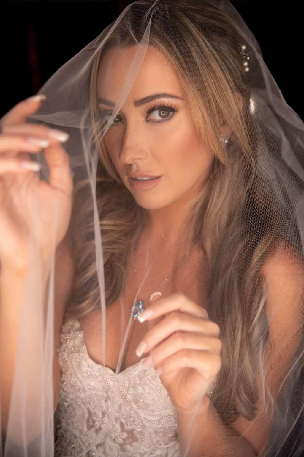 beleza-da-noiva-Casamento-Heloisa-e-Eduardo-Bolsonaro-cerimonial-Márcia-Santiago-Fotografia-Davi-Nascimento-making-of69
