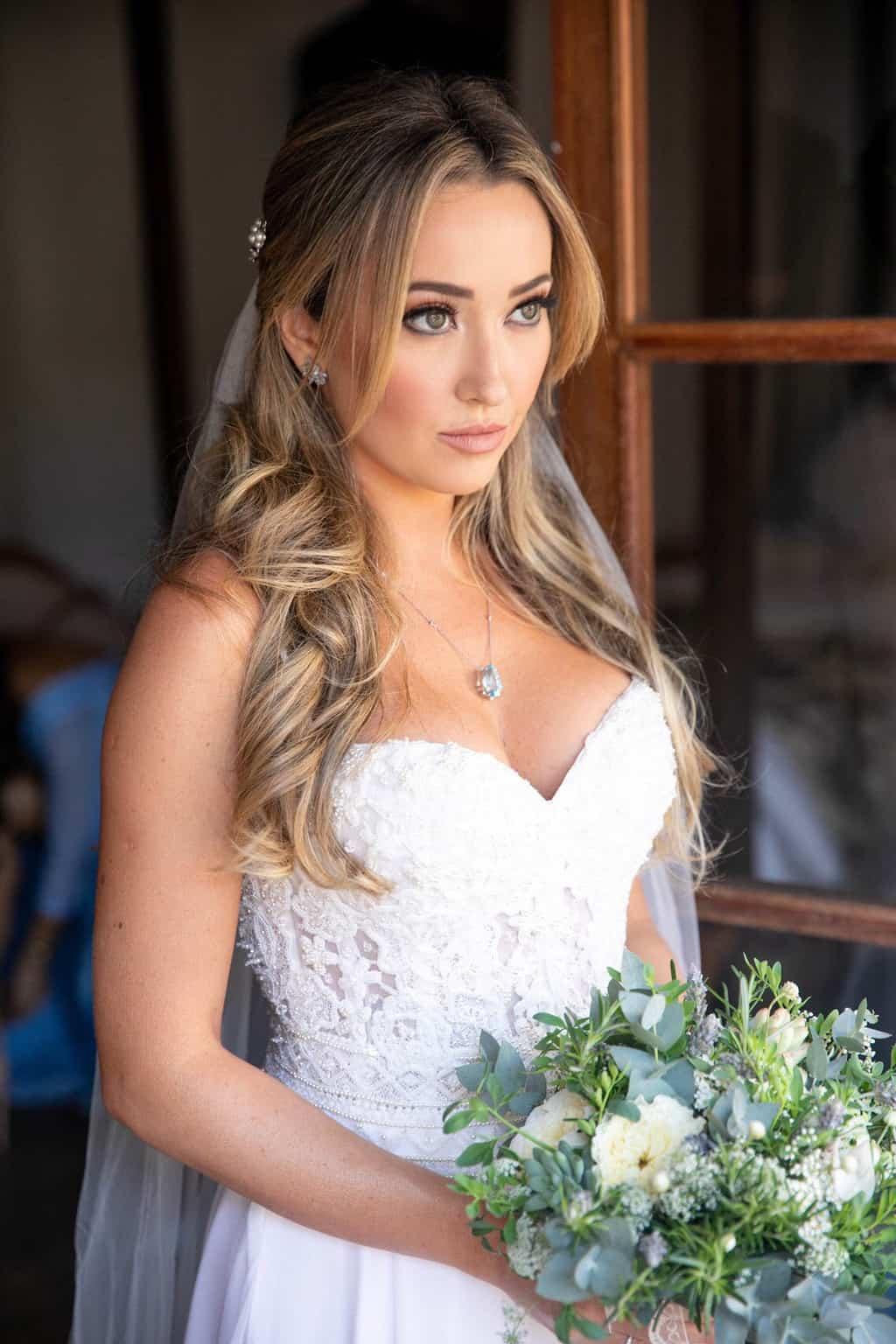 beleza-da-noiva-Casamento-Heloisa-e-Eduardo-Bolsonaro-cerimonial-Márcia-Santiago-Fotografia-Davi-Nascimento-making-of71