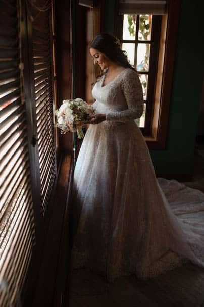 beleza-da-noiva-casamento-ao-ar-livre-casamento-Bianca-e-Leonardo-Fotografia-Fernanda-Suhett-making-of-Quinta-da-Paz18
