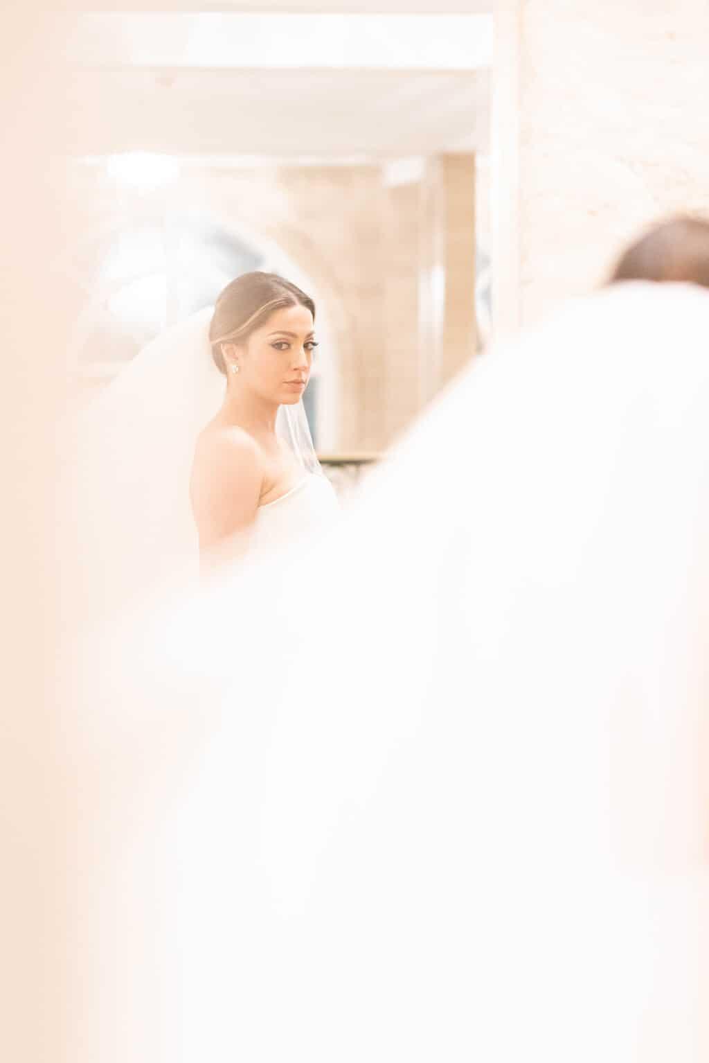 beleza-da-noiva-casamento-Karynna-e-Fernando-cerimonial-TCD-Eventos-fotografia-Marina-Fava-making-of14
