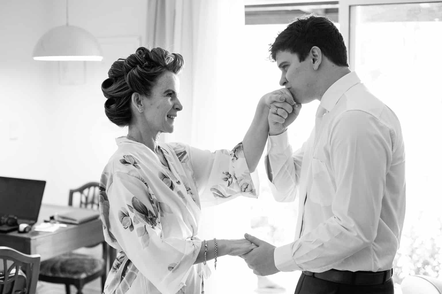 casamento-Beatriz-e-Joao-Fernando-Itaipava-Locanda-Della-Mimosa-making-of-do-noivo-Thienny-Tammis30