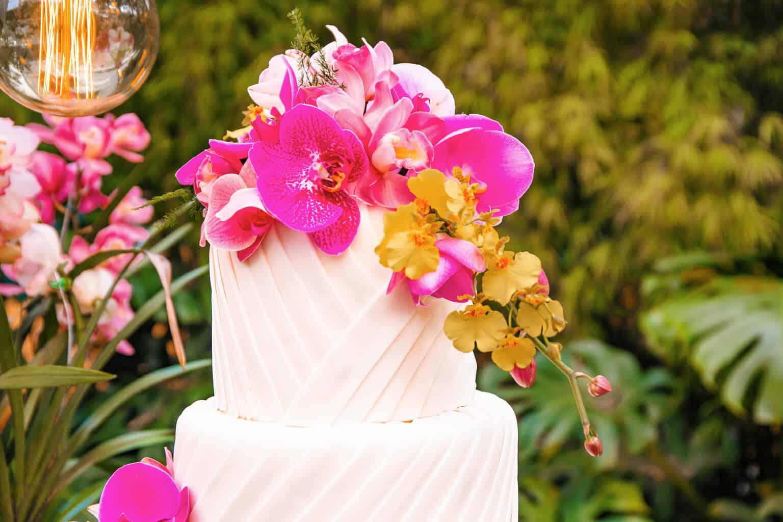 casamento-Beatriz-e-Joao-Fernando-decoracao-colorida-Itaipava-Locanda-Della-Mimosa-Thienny-Tammis75