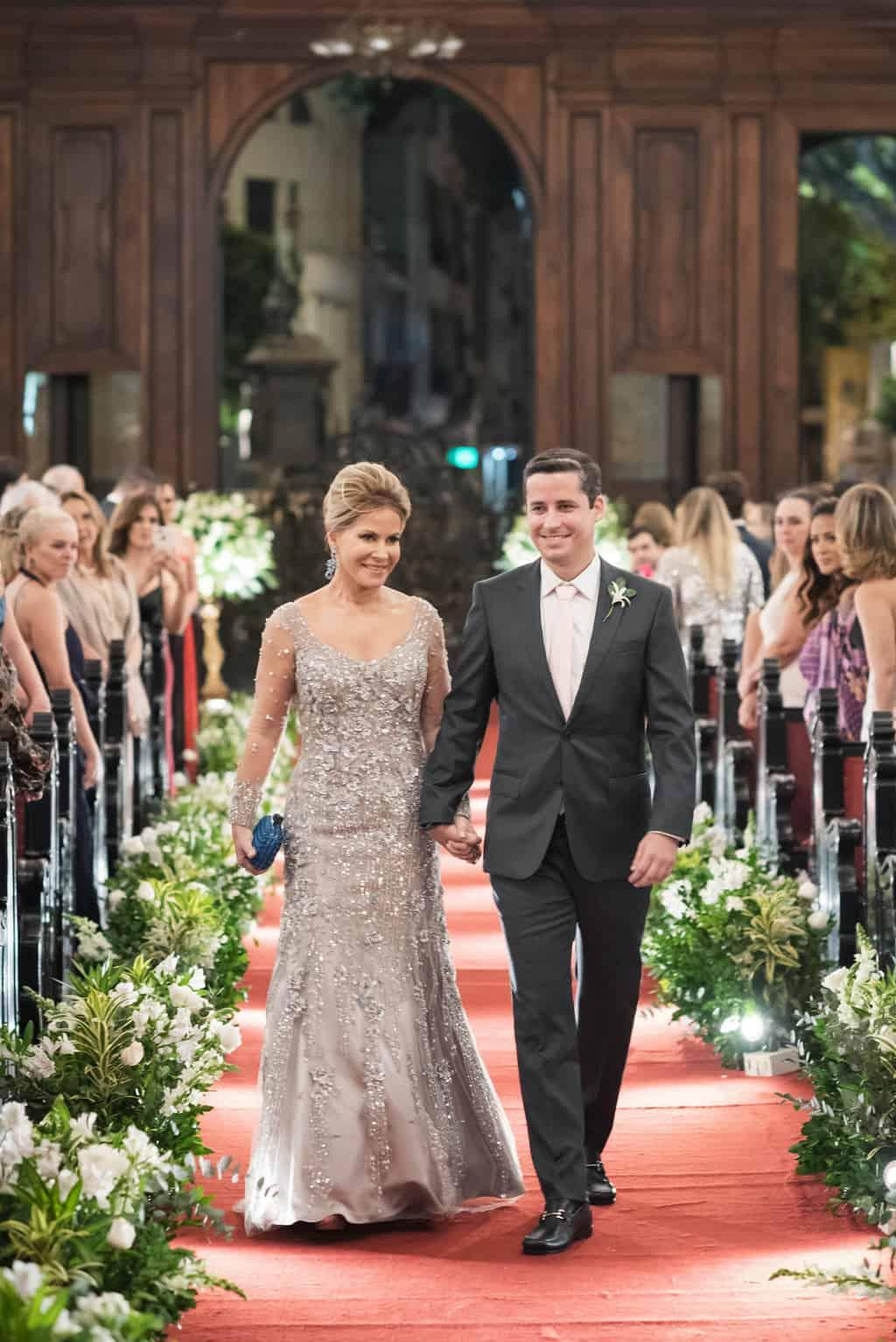casamento-Karynna-e-Fernando-cerimonia-na-igreja-cerimonial-TCD-Eventos-fotografia-Marina-Fava-Igreja-São-Francisco-de-Paula27
