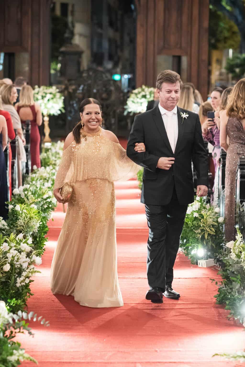 casamento-Karynna-e-Fernando-cerimonia-na-igreja-cerimonial-TCD-Eventos-fotografia-Marina-Fava-Igreja-São-Francisco-de-Paula29