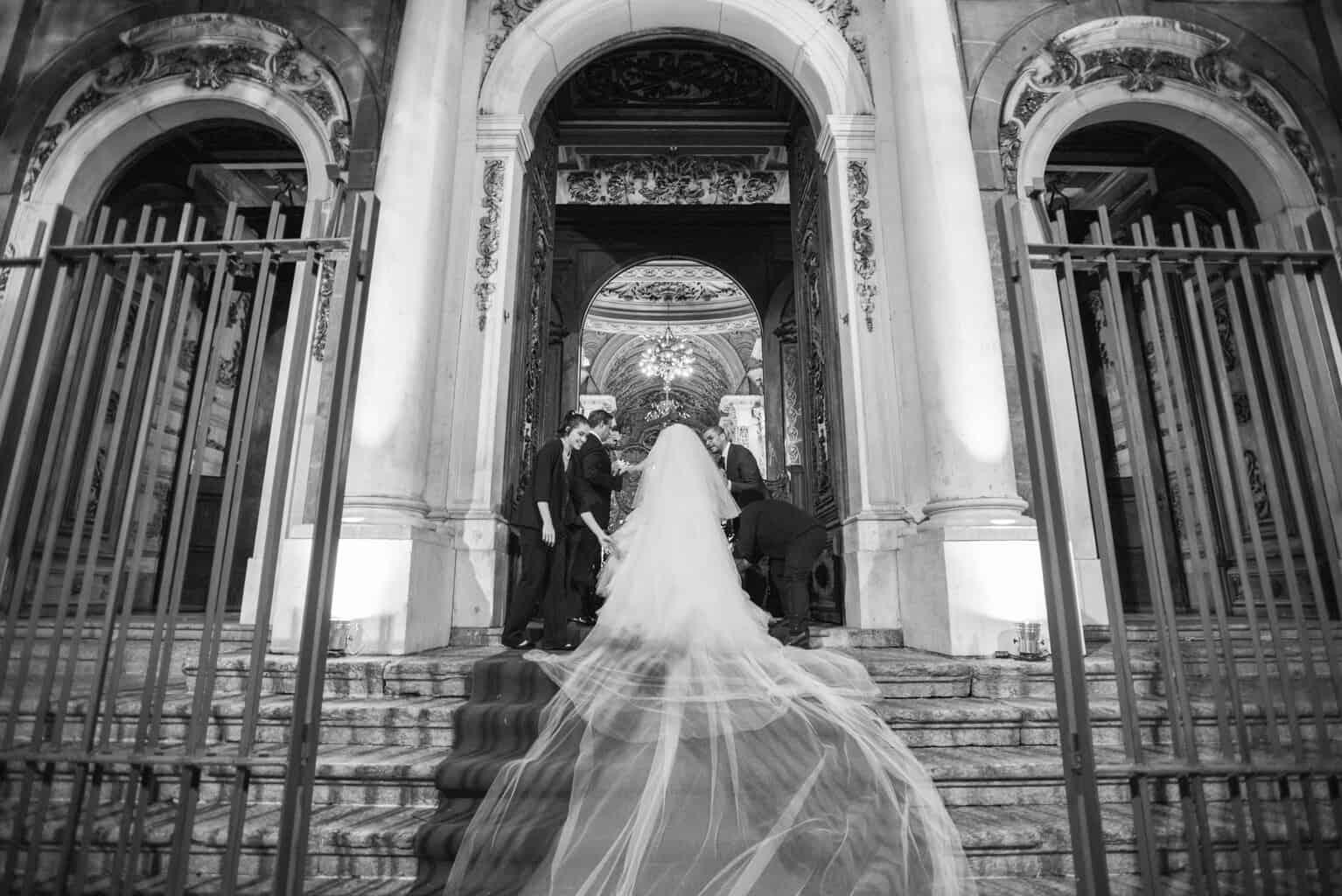casamento-Karynna-e-Fernando-cerimonia-na-igreja-cerimonial-TCD-Eventos-fotografia-Marina-Fava-Igreja-São-Francisco-de-Paula30