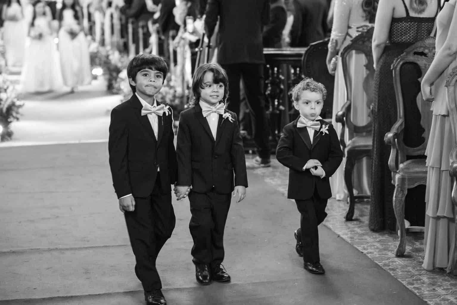 casamento-Karynna-e-Fernando-cerimonia-na-igreja-cerimonial-TCD-Eventos-fotografia-Marina-Fava-Igreja-São-Francisco-de-Paula39
