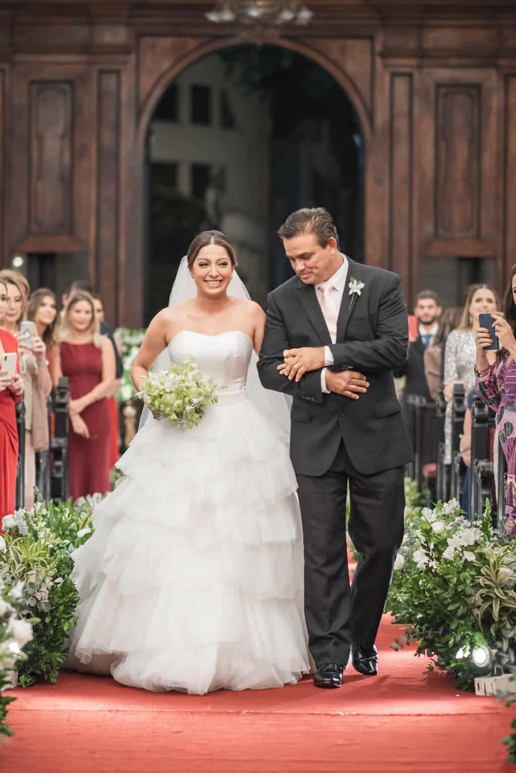 casamento-Karynna-e-Fernando-cerimonia-na-igreja-cerimonial-TCD-Eventos-fotografia-Marina-Fava-Igreja-São-Francisco-de-Paula45