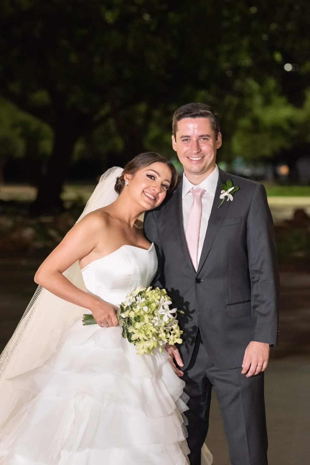 casamento-Karynna-e-Fernando-cerimonial-TCD-Eventos-festa-no-MAM-fotografia-Marina-Fava-fotos-dos-noivos102