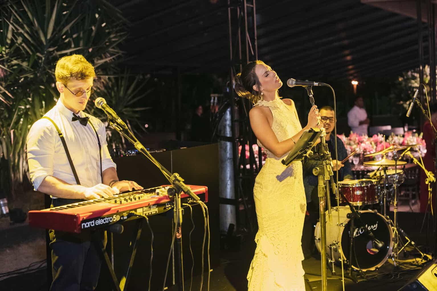 casamento-Karynna-e-Fernando-cerimonial-TCD-Eventos-festa-no-MAM-fotografia-Marina-Fava-pista110