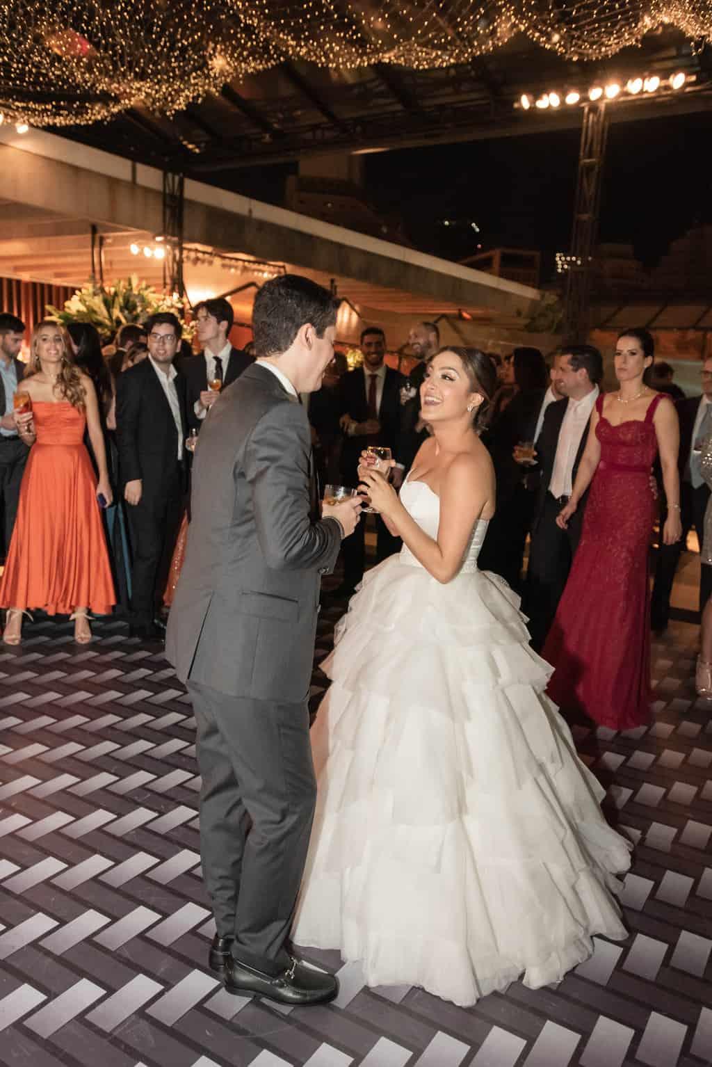casamento-Karynna-e-Fernando-cerimonial-TCD-Eventos-festa-no-MAM-fotografia-Marina-Fava-pista129