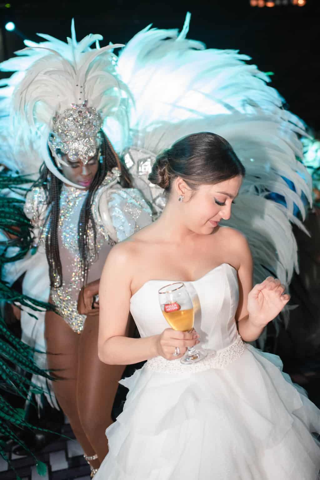 casamento-Karynna-e-Fernando-cerimonial-TCD-Eventos-festa-no-MAM-fotografia-Marina-Fava-pista134