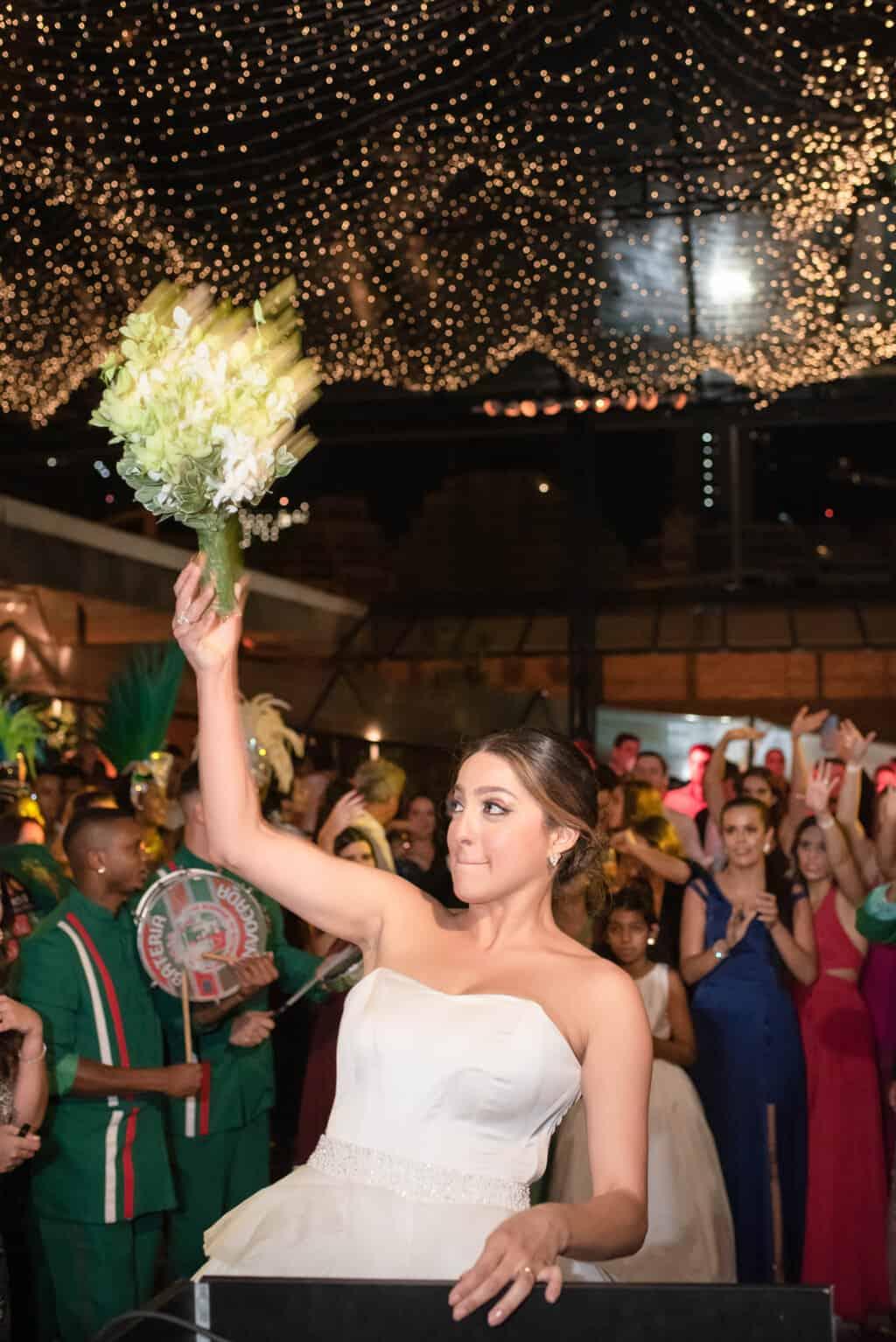 casamento-Karynna-e-Fernando-cerimonial-TCD-Eventos-festa-no-MAM-fotografia-Marina-Fava-pista142