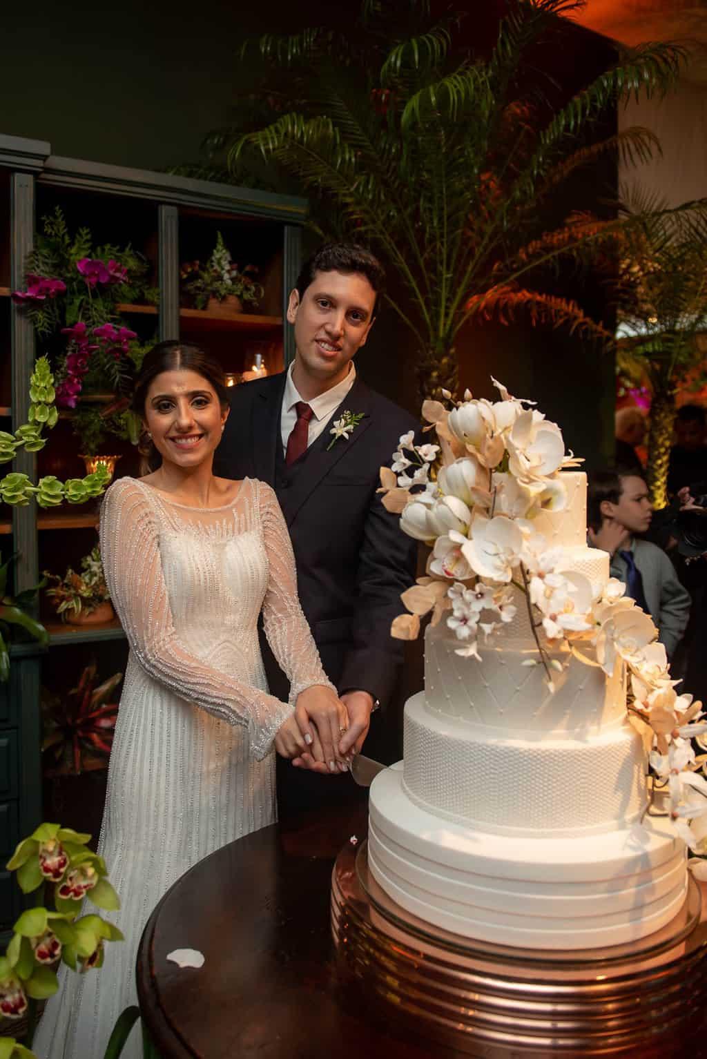 casamento-luiza-e-gustavo-cerimonial-casamento-de-ideias-foto-do-casal-fotografia-lenine-serejo-fotografia-lenine-serejo.-bolo-de-casamento55