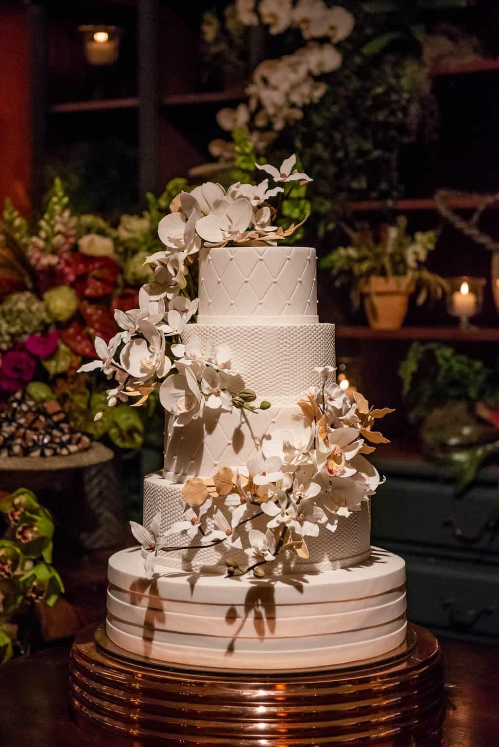 casamento-luiza-e-gustavo-cerimonial-casamento-de-ideias-fotografia-lenine-serejo.-bolo-de-casamento39