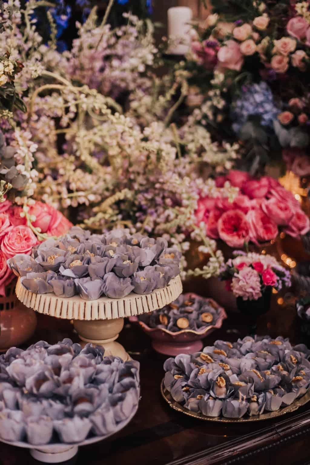 Boutique-de-Cena-casamento-Rebeca-e-Eldrey-Fazenda-Vila-Rica-Fotografia-Mana-Gollo-Toda-de-Branco44