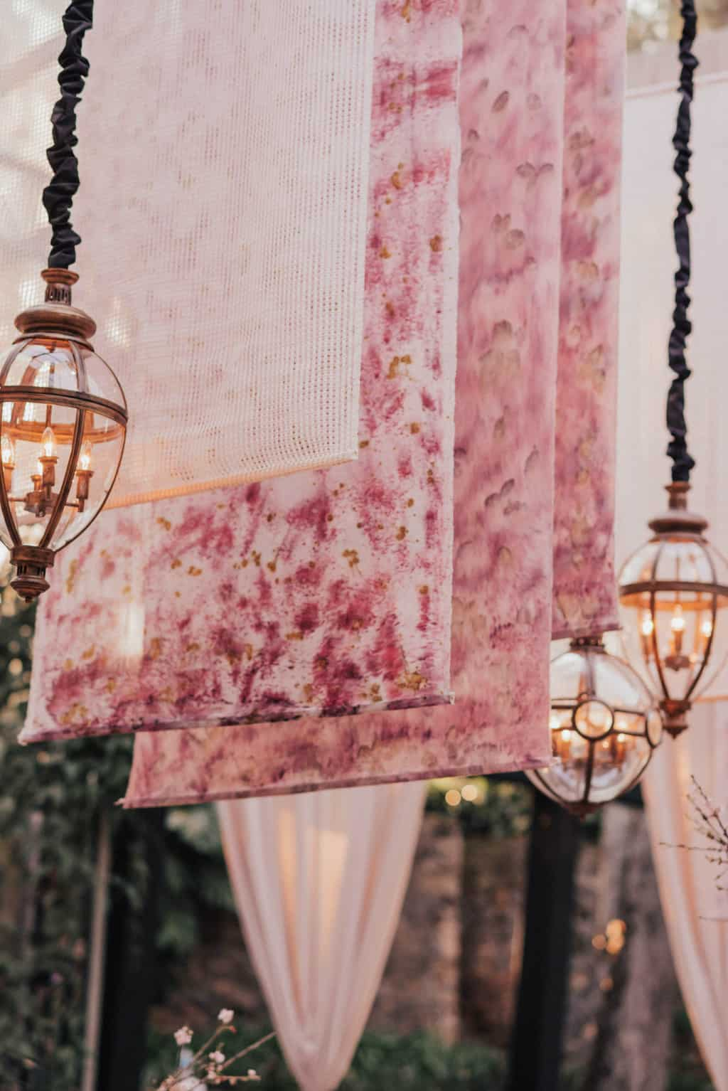 Boutique-de-Cena-casamento-Rebeca-e-Eldrey-Fazenda-Vila-Rica-Fotografia-Mana-Gollo-Toda-de-Branco50