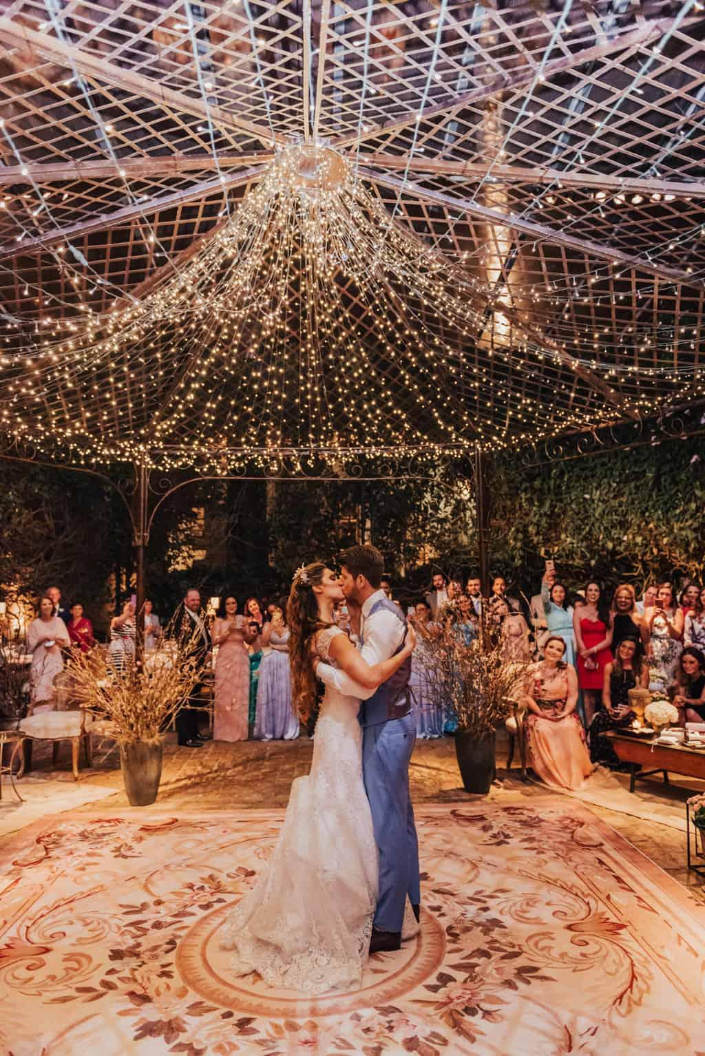 Boutique-de-Cena-casamento-Rebeca-e-Eldrey-Fazenda-Vila-Rica-Fotografia-Mana-Gollo-Toda-de-Branco84