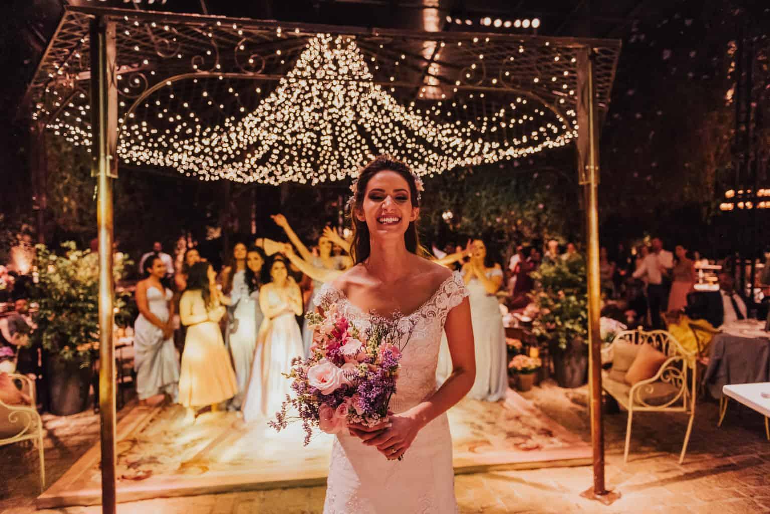 Boutique-de-Cena-casamento-Rebeca-e-Eldrey-Fazenda-Vila-Rica-Fotografia-Mana-Gollo-Toda-de-Branco89