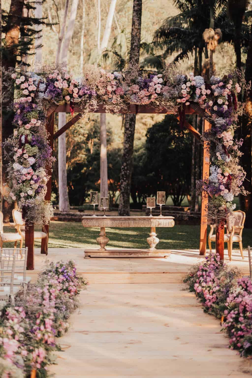 Boutique-de-Cena-casamento-Rebeca-e-Eldrey-cerimonia-Fazenda-Vila-Rica-Fotografia-Mana-Gollo-Toda-de-Branco27