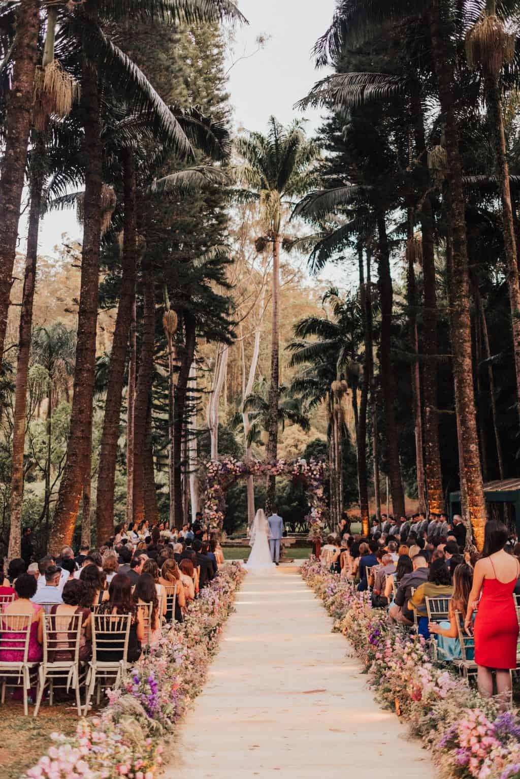 Boutique-de-Cena-casamento-Rebeca-e-Eldrey-cerimonia-Fazenda-Vila-Rica-Fotografia-Mana-Gollo-Toda-de-Branco65