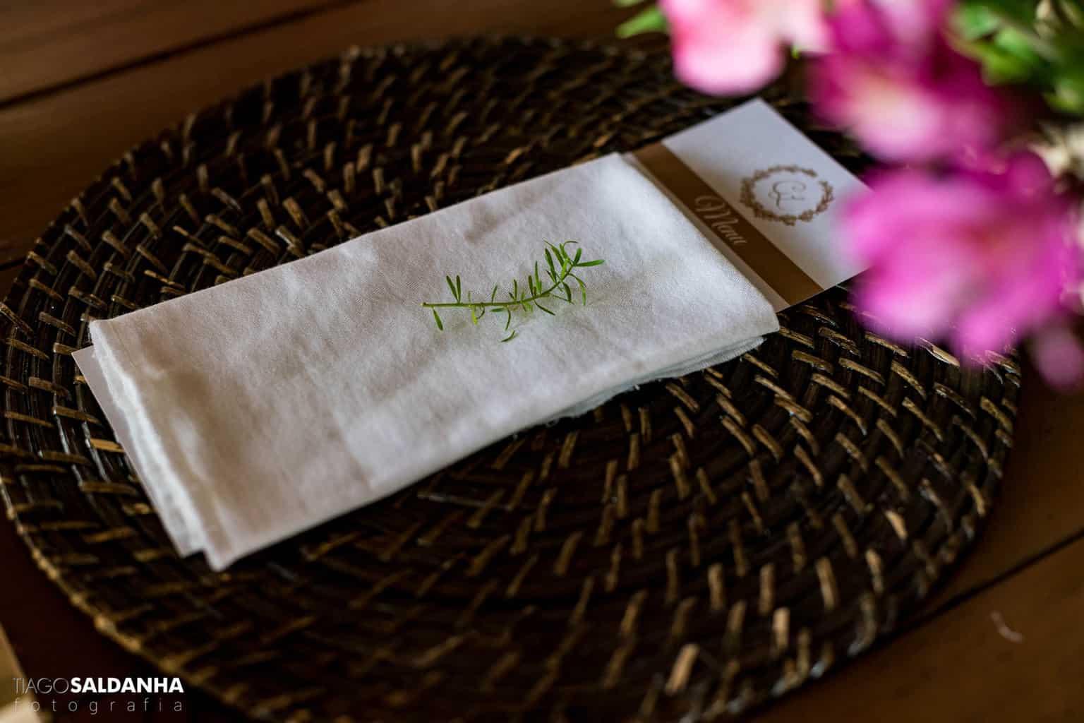 Casamento-Chandrélin-e-Laureano-Chan-e-Lau-decoracao-Defluer-Guta-Gula-Hotel-Rio-da-Barra-mesa-dos-convidados-tiago-saldanha-Trancoso36