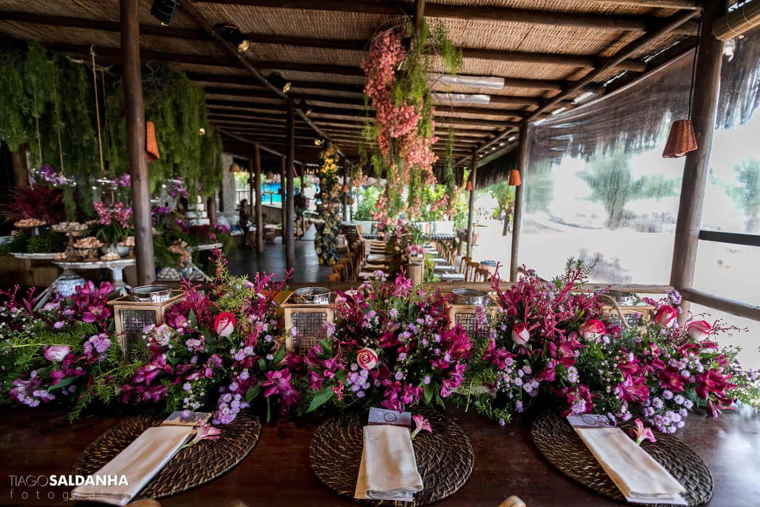Casamento-Chandrélin-e-Laureano-Chan-e-Lau-decoracao-Defluer-Guta-Gula-Hotel-Rio-da-Barra-mesa-dos-convidados-tiago-saldanha-Trancoso45