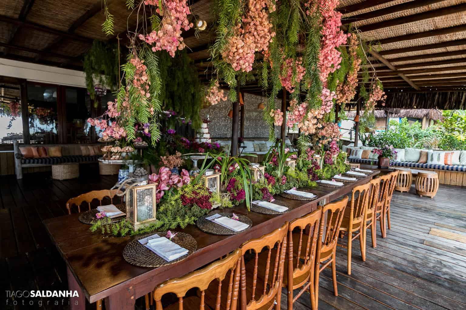 Casamento-Chandrélin-e-Laureano-Chan-e-Lau-decoracao-Defluer-Guta-Gula-Hotel-Rio-da-Barra-mesa-dos-convidados-tiago-saldanha-Trancoso47