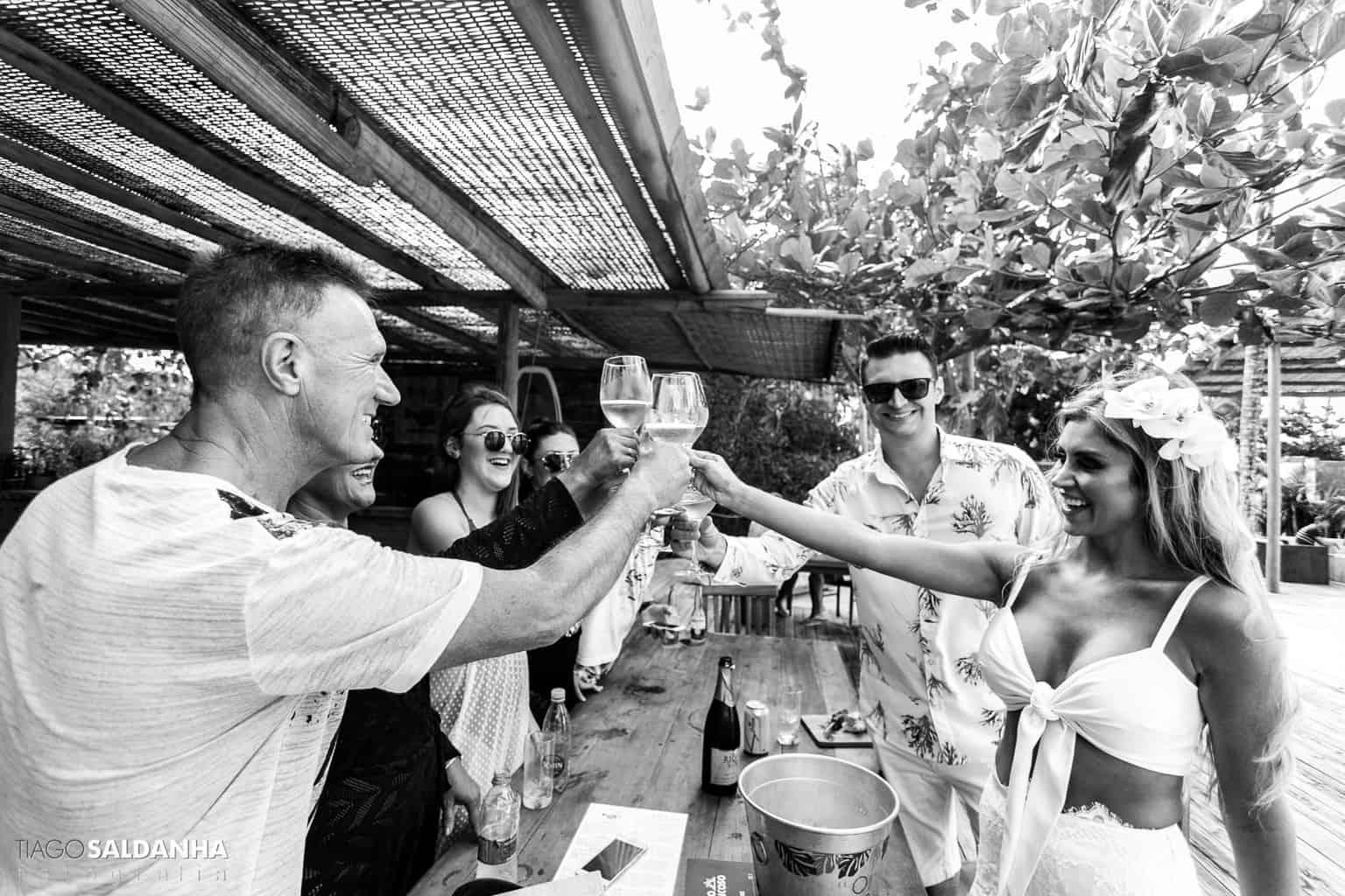 Casamento-Chandrélin-e-Laureano-Chan-e-Lau-foto-na-praia-pre-wedding-Trancoso11