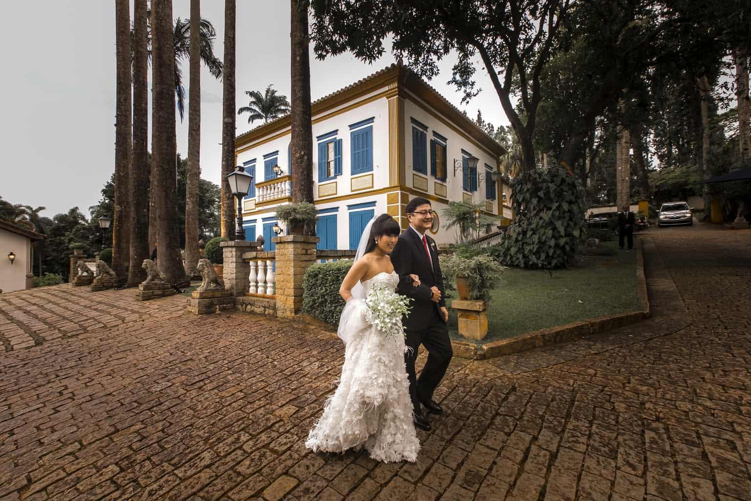 Fernanda-e-Max-Fazenda-Santa-Barbara-Foto-Torin-Zanette-Fabio-e-Telma-Decorações-cerimonia-1430