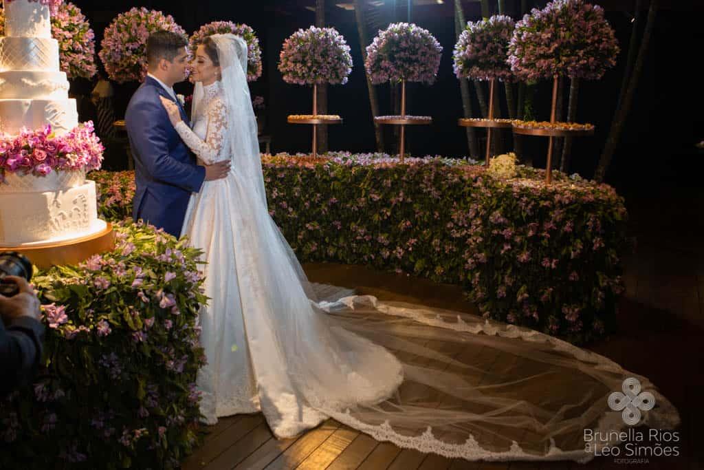 Camila-Sarmento-Casamento-Raisa-e-Ramon-foto-Brunella-e-Leo-Simoes-Pousada-Vale-dos-Passarios-Viviane-Melo43
