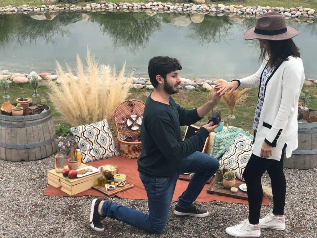 Camila-Sarmento-noivado-em-Mendoza-noivado-no-lago-piquenique4